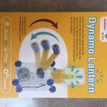Dynamo Lantern Toy Review & #Giveaway (AD)