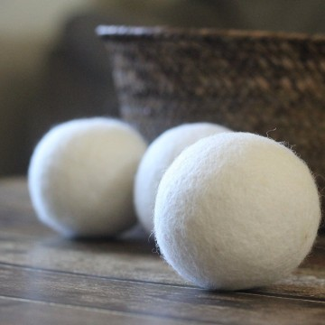 Smart Wool Dryer Balls Shorten Dryer Time