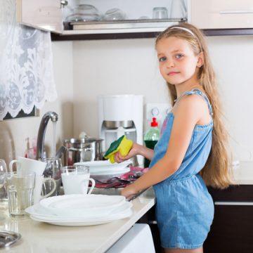 Raising Savers: Tips for Nurturing Frugal Kids