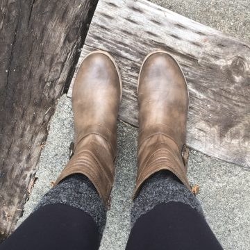 Must Haves for Fall Fashion: Meet Boot Socks & Cuffs + LaciStreet #Giveaway