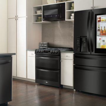 Matte Black is The New Black for Kitchens #AD